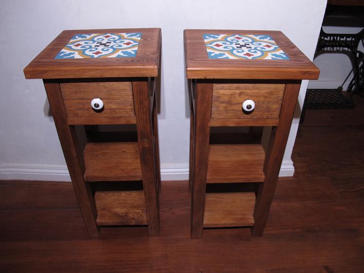 Mobilier: Tables de chevet - Mesas de cabeceira com azulejos