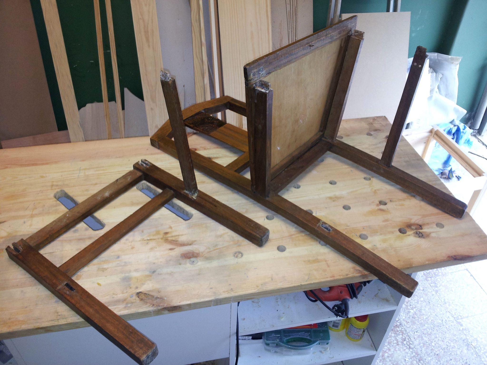 Restauro de um conjunto de cadeiras - Restauration de chaises