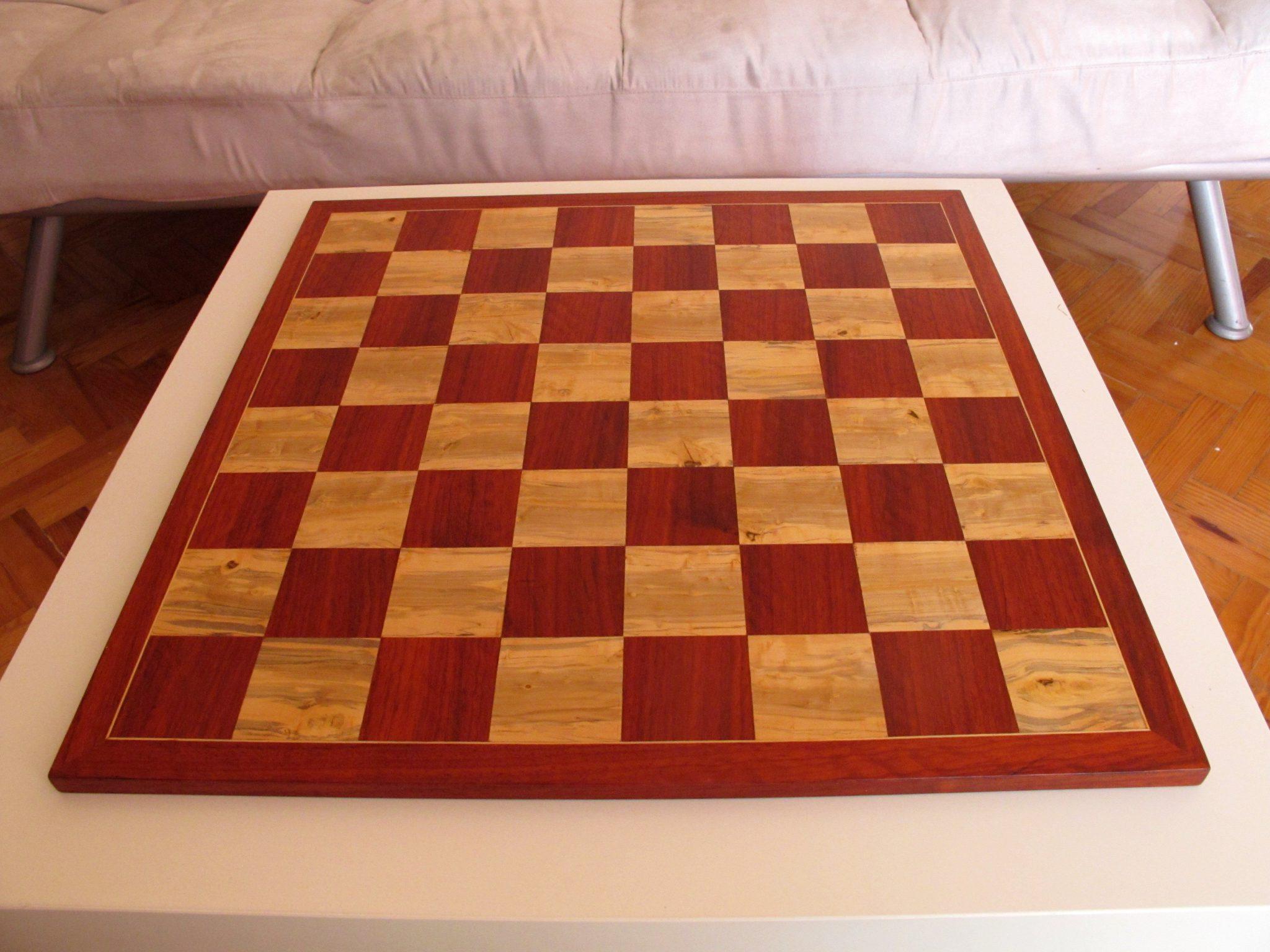 Tabuleiro de xadrez embutido - Plateau de jeu d'échec en marqueterie