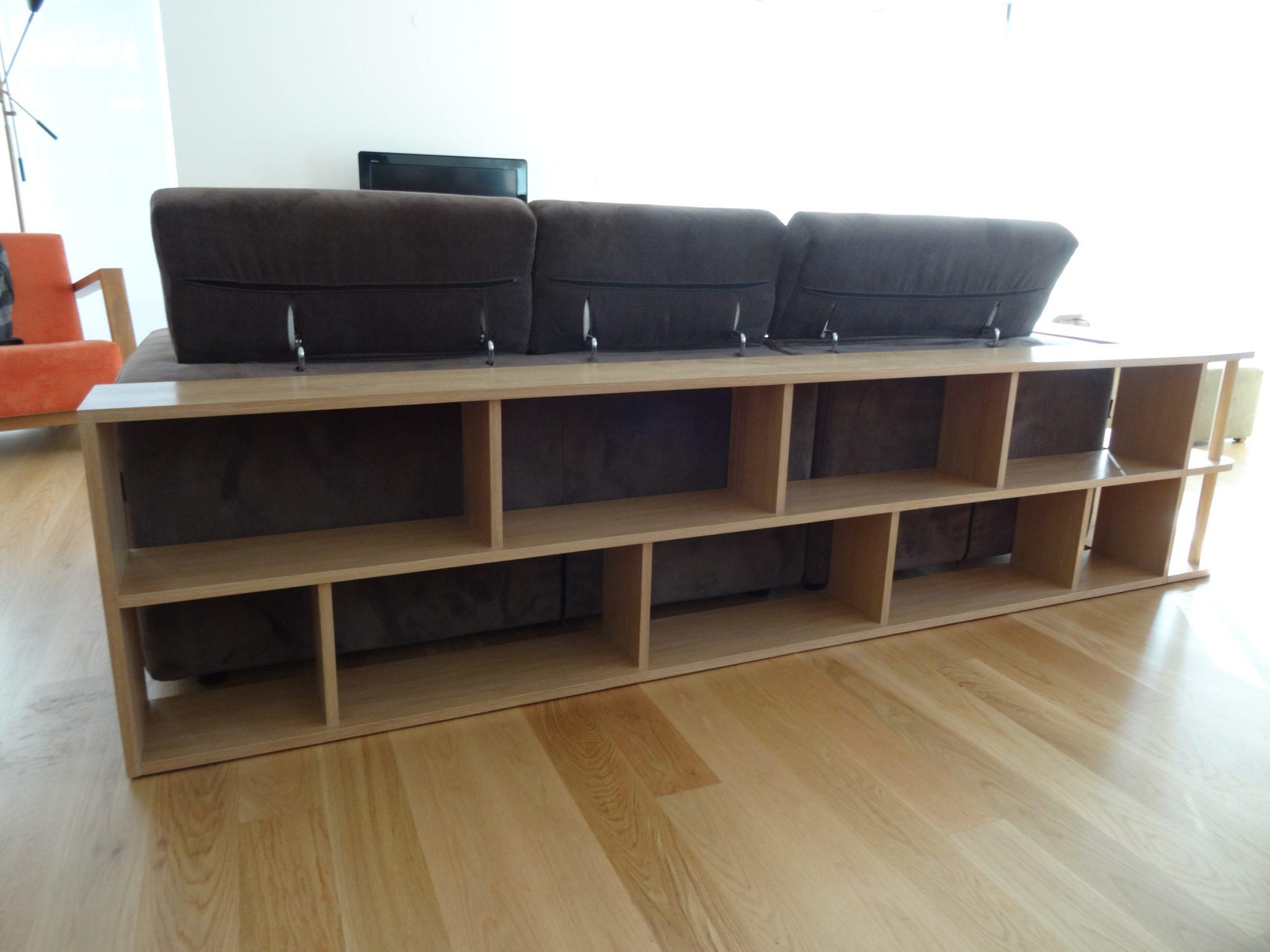 Estante em carvalho intagrado com o sofa - Bibliothèque en chêne intégré au canapé
