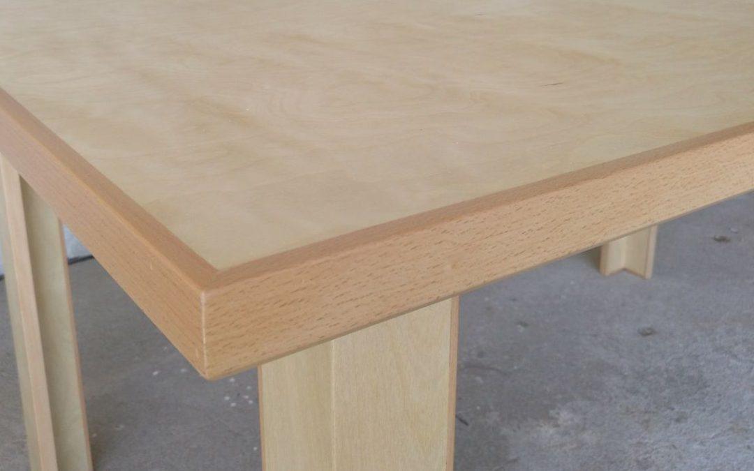 Mesa desenho em bétula