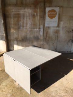Mesa dobrável em valchromat e faia - Table pliante et modulable en valchromate et hêtre